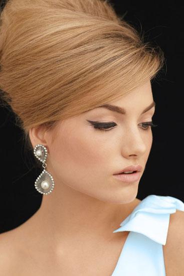 Coafuri Pentru Mirese In Stilul Anilor 60 Mireasa Perfectaro