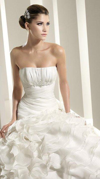 Coafura mireasa in functie de rochie