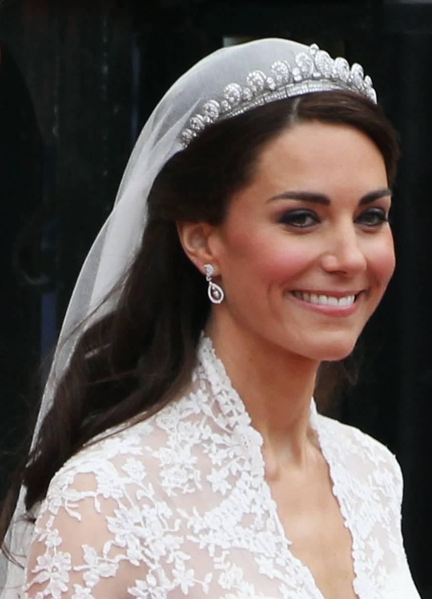 Coafuri pentru rochia de mireasa in stil retro
