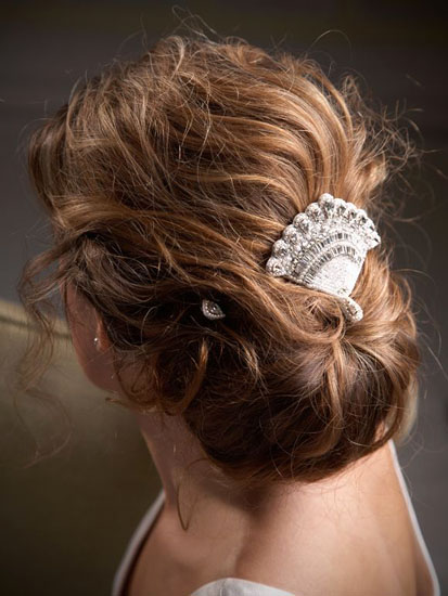vintage hair comb in hair