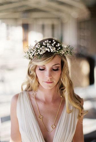 coroana de flori pentru mirese