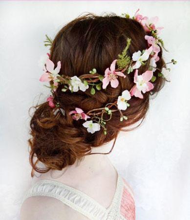 coroana din flori naturale pentru mirese