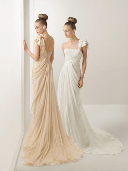 modele de rochii de mireasa stil grecesc
