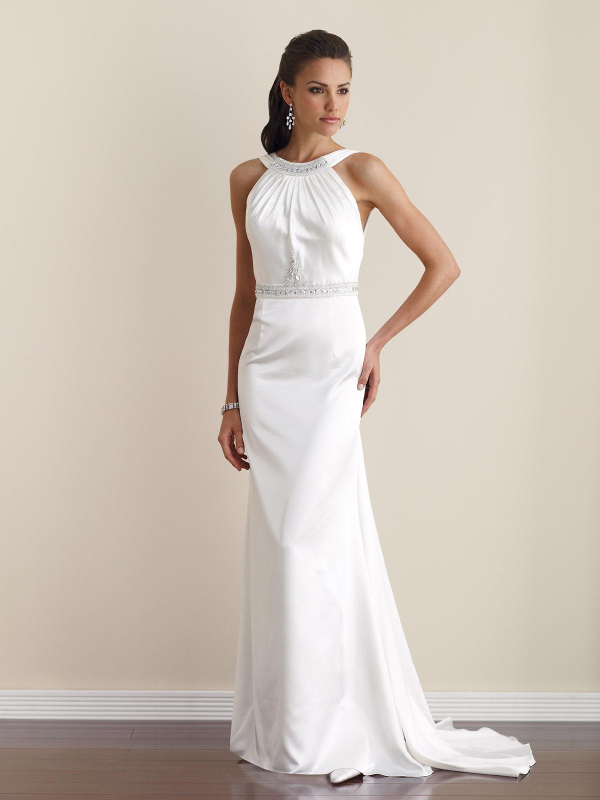 rochie de mireasa simpla si eleganta