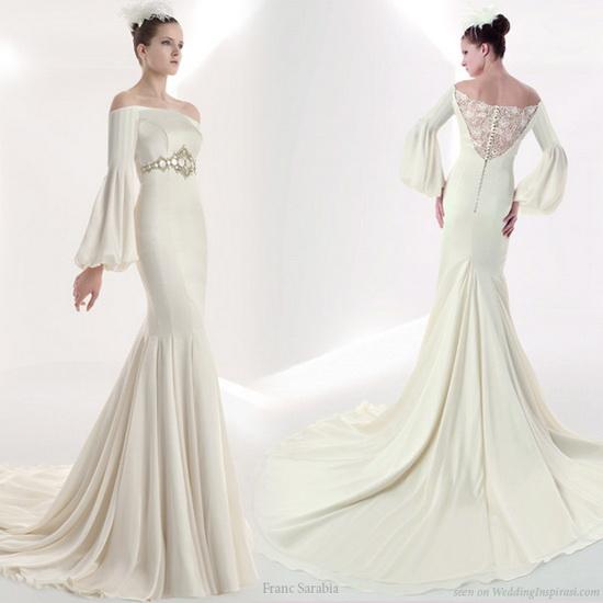 rochie mireasa eleganta cu maneca