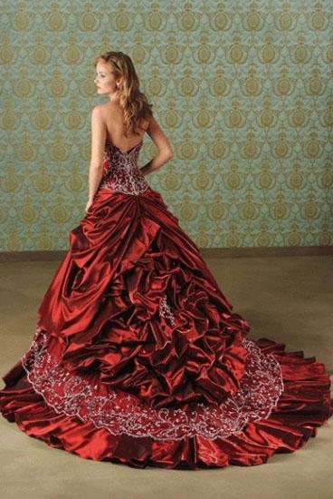 rochie mireasa grena