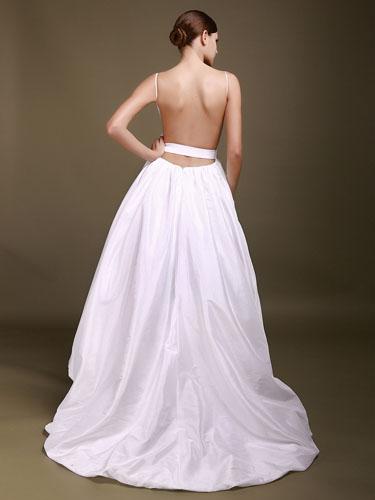 rochie simpla de mireasa cu spate gol