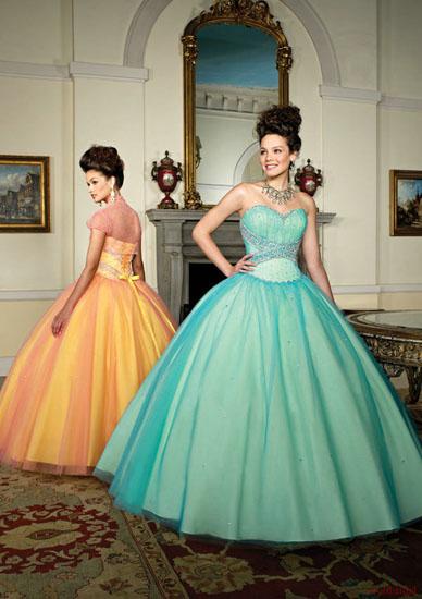 rochii mireasa colorate
