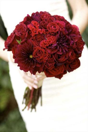 Buchet mireasa crizanteme rosii