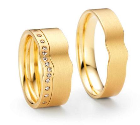Model de verighete din aur galben