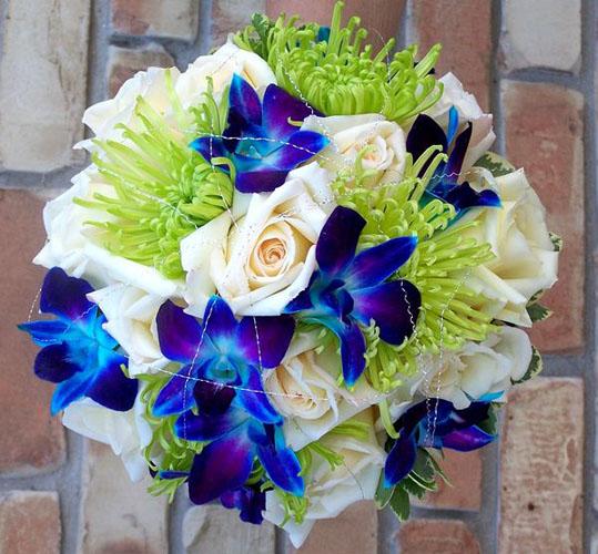 buchet de nunta cu orhidee si trandafiri