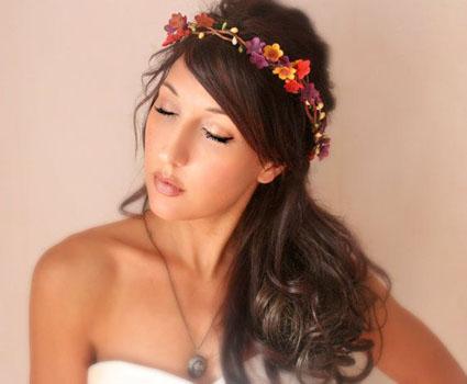 coronita mireasa cu flori colorate