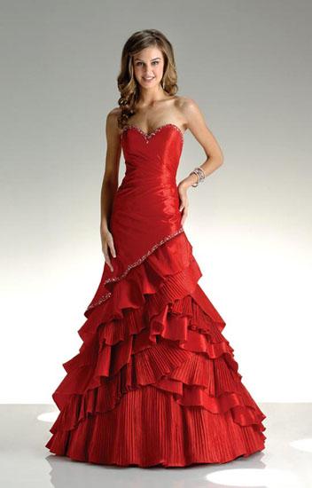model rochie de mireasa rosie