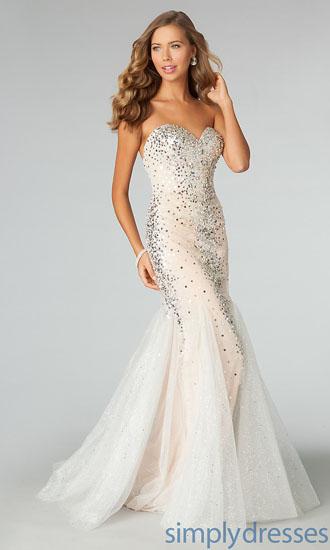 rochie de mireasa cu pietre swarovski
