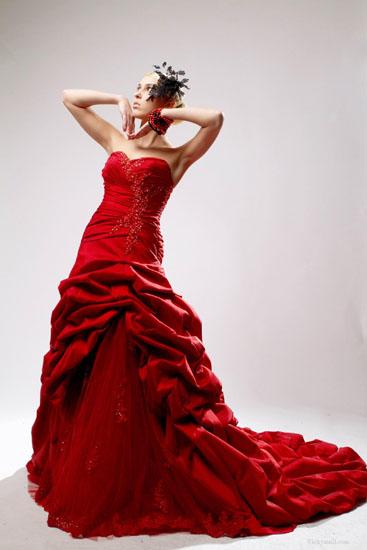 rochie de mireasa rosie 2014