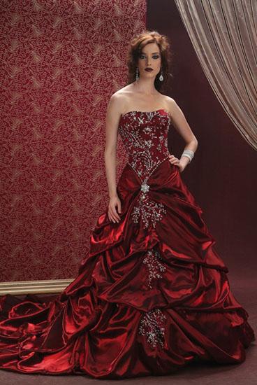 rochie de mireasa rosie eleganta