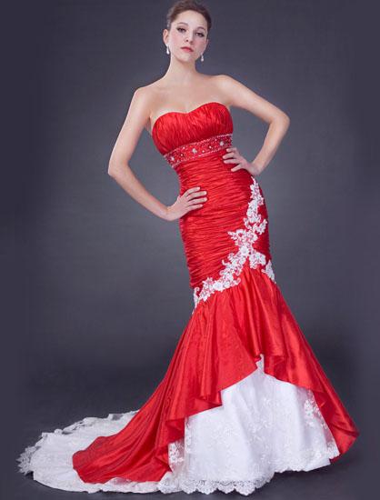 rochie de mireasa rosie tip sirena
