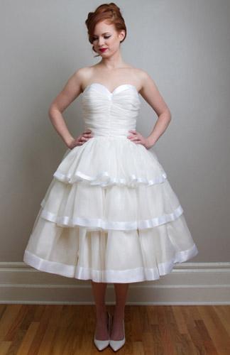 rochie mireasa retro anii 40