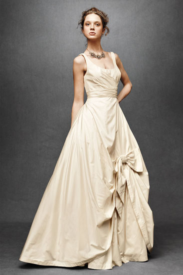 rochie mireasa retro anii 50