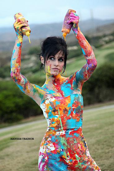 sedinta foto trash the dress cu vopsea