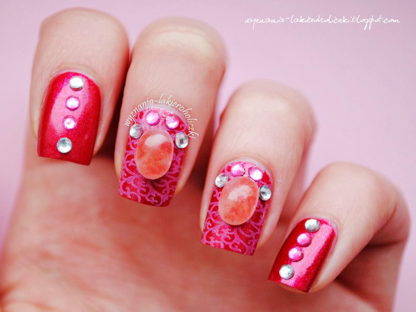 unghii cu pietre pretioase