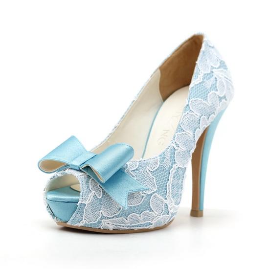 Pantofi de mireasa albastri cu dantela
