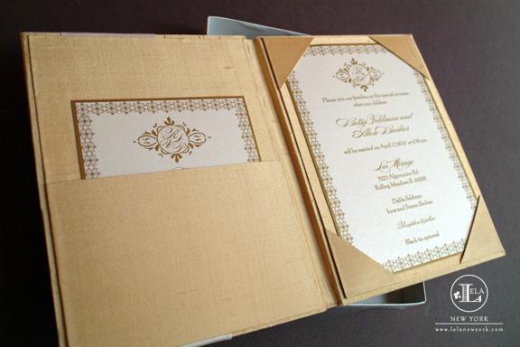 invitatie aurie pentru nunta