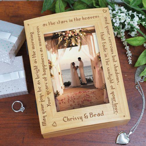 invitatie de nunta in cutie de lemn cu poza