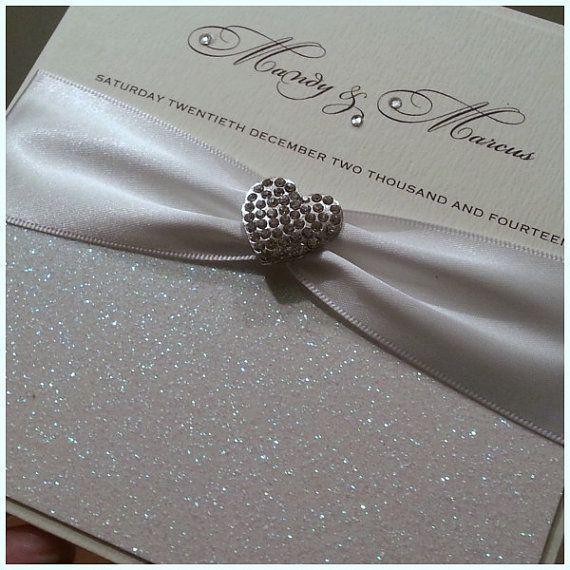 invitatie pentru nunta cu brosa