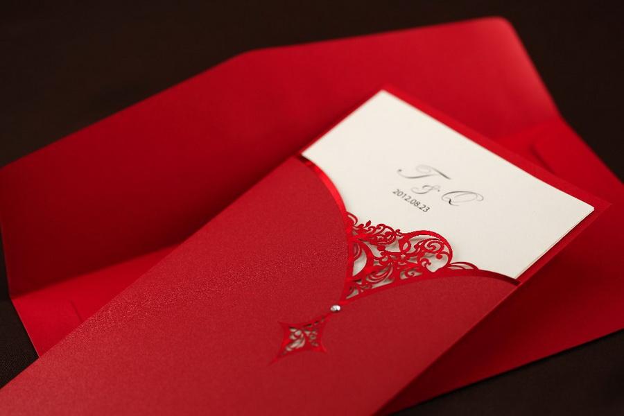 invitatie pentru nunta rosie