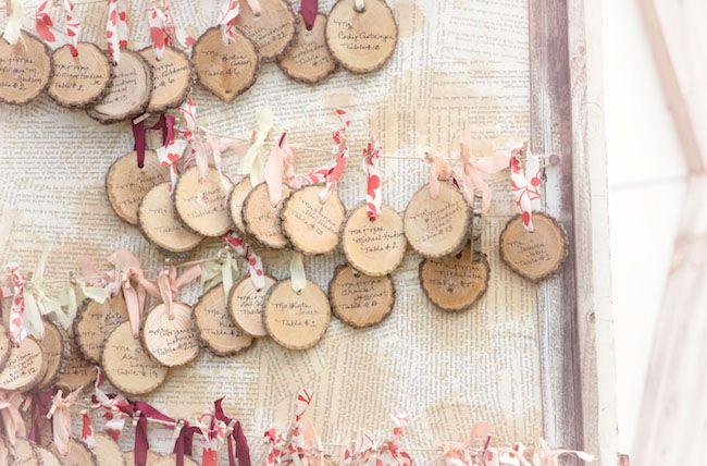 invitatii de nunta facute pe lemn