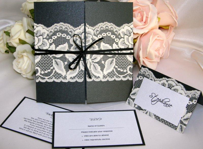 invitatii nunta cu dantela