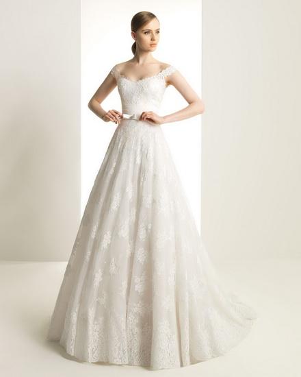 model de rochie mireasa simpla