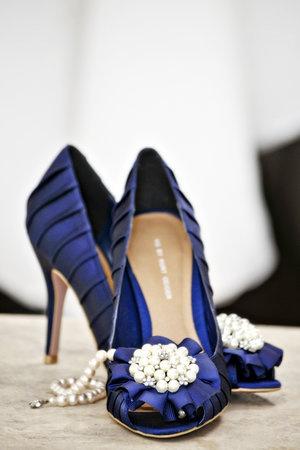 pantofi de mireasa albastri cu perle