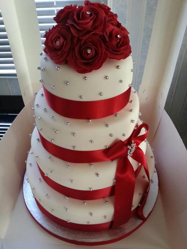 tort nunta alb cu rosu