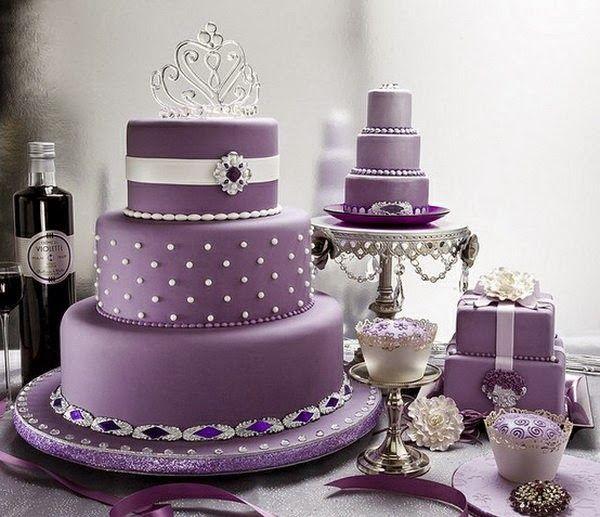tort nunta mov elegant