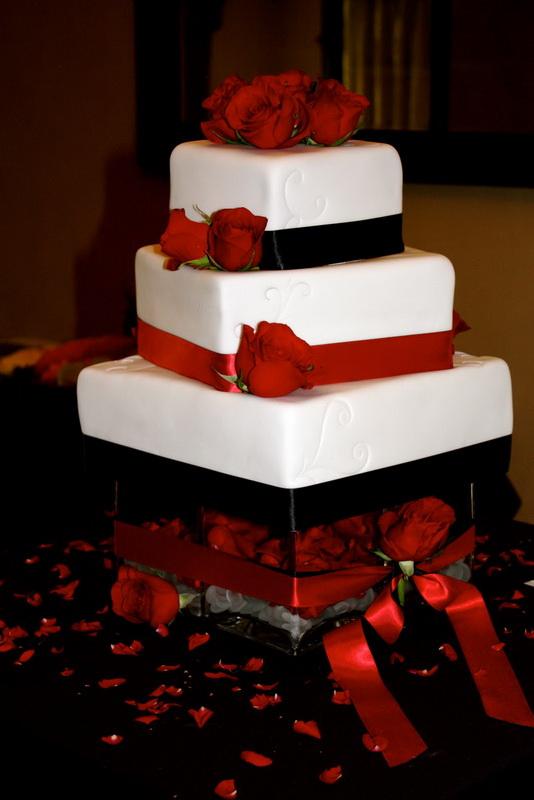 tort pentru mireasa simplu