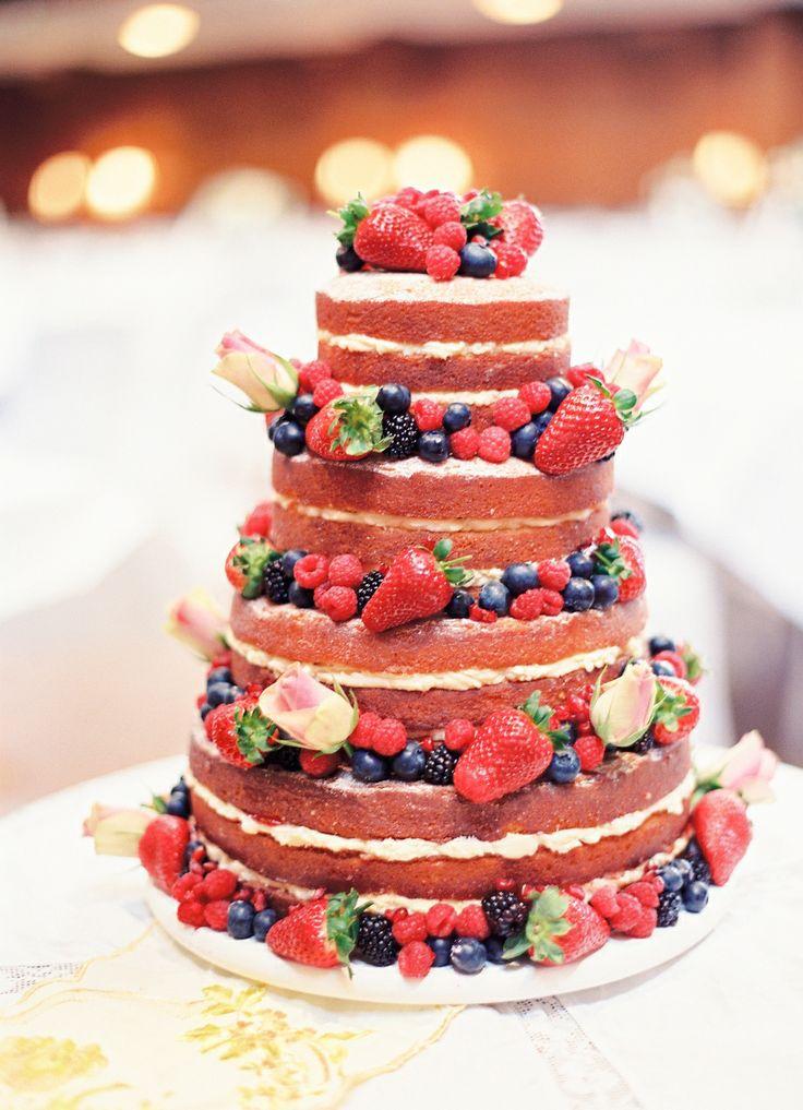 tortul miresei cu fructe de padure