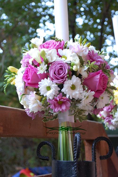 lumanari cu aranjement floral