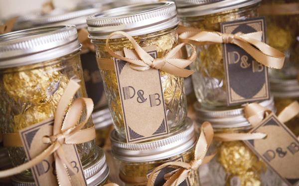 marturii nunta in borcan auriu