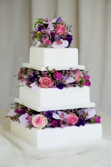 tort cu 3 etaje