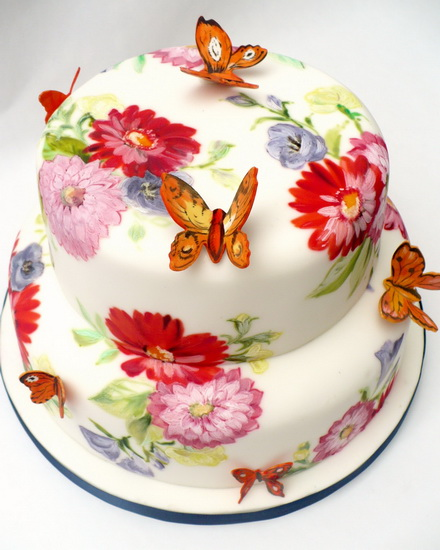 tort cu flori si fluturasi
