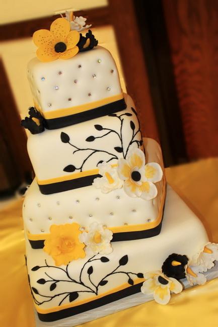 tort de nunta martipan galben