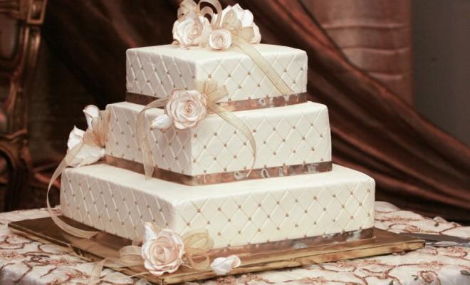 tort de nunta royal cu martipan