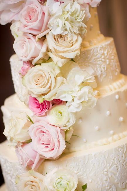 tort nunta cu frisca