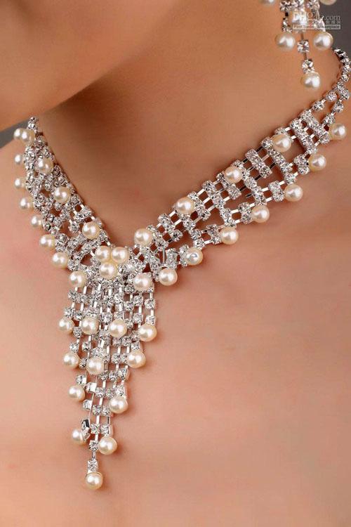 lant cu perle pentru mirese