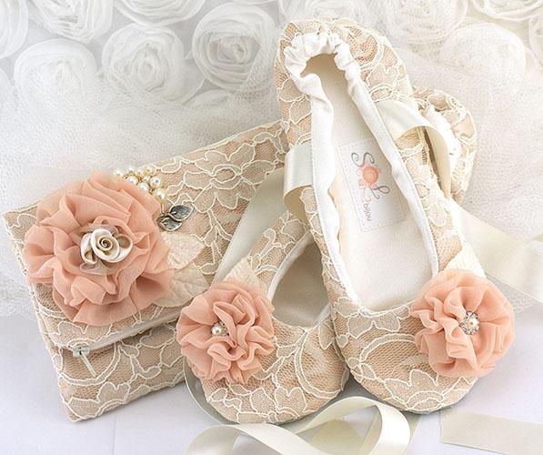 pantofi-si-geanta-din-dantela