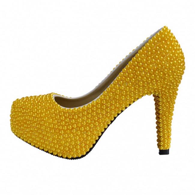 pantofi cu perle galbene