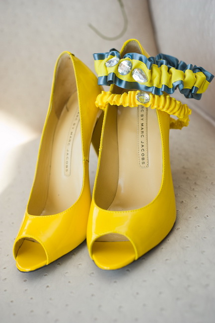 pantofi galbeni simpli