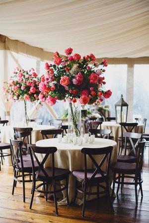 vaza cu trandafiri nunta